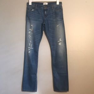 Abercrombie & Fitch New York Distressed